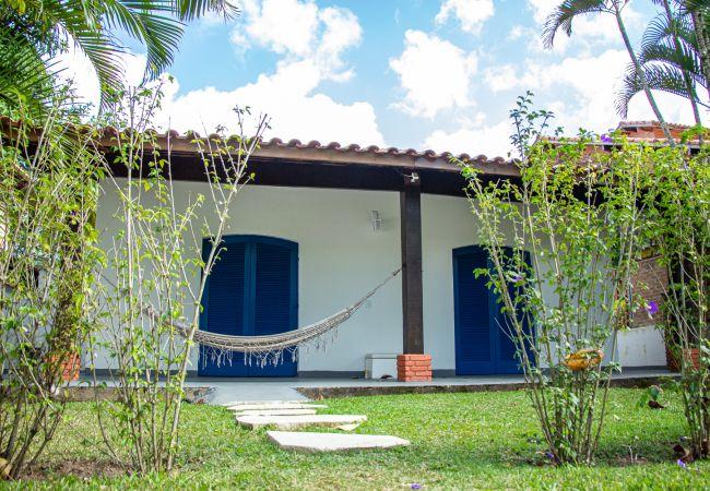 Casa em São Sebastião - Casa com Wi-Fi e churrasq perto da praia de Guaecá