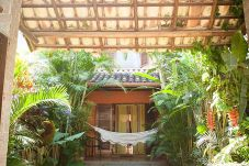 Casa em Paraty - Casa com um Lindo Jardim e Wifi em Paraty