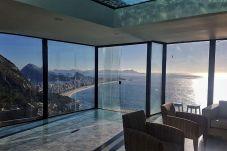 Casa em Rio de Janeiro - Casa de Vidro c Vista mais bonita do RJ e Piscina