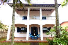 Casa em Bertioga - Casa c churrasq. e wifi, frente ao mar em Bertioga